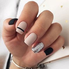 50 Elegant Nail Art Designs For Women 2019 – Page 31 of 50 – Chic Hostess – nails. Square Nail Designs, Nail Art Designs, Nails Design, Stripe Nail Designs, Nail Design For Short Nails, Black Nail Designs, Salon Design, Pretty Nails, Cute Nails