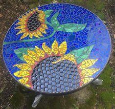 ElaineSummers.com Mosaic Tile Table, Mosaic Tile Art, Mosaic Artwork, Mosaic Crafts, Mosaic Projects, Mosaic Glass, Glass Art, Stained Glass, Mosaic Furniture