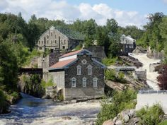 La Pulperie de Chicoutimi tells the story of the company and the people of the region in a captivating manner. Much more than a regional museum, its Saguenay Quebec, Chute Montmorency, Chateau Frontenac, Le Petit Champlain, Lac Saint Jean, Picnic Spot, Canada, Quebec City, Places