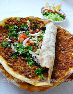 Turkish Pizza (Lahmacun) - the spicier, the better! Armenian Recipes, Lebanese Recipes, Turkish Recipes, Ethnic Recipes, Scottish Recipes, Lebanese Cuisine, Persian Recipes, Food Network Recipes, Cooking Recipes