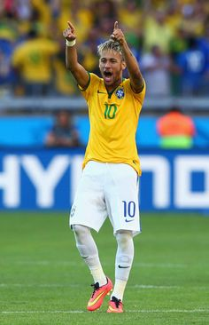 Neymar scored Brazil's final penalty as they progressed to the quarterfinals. Neymar Football, Neymar Jr, Love You Babe, Old Trafford, Uefa Champions League, Best Player, Fifa World Cup, Espn, Victorious
