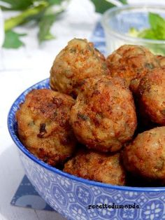 Lamb balls with mint Lebanese recipe - James Recipes Beef Recipes, Vegetarian Recipes, Chicken Recipes, Snack Recipes, Easter Recipes, Snacks, Fingers Food, Cocktail Party Food, French Dishes