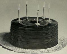 Vinyl record cake: