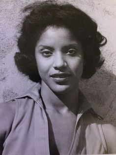 "On the hit series ""The Cosby Show"" Phylicia Rashad hairstyles were classic and sophisticated to fall in line with her character's profession as a lawyer. But even off the cameras, Phylicia Rashad upholds that refined beauty and grace in her style. Black Actresses, Black Actors, Black Girls Rock, Black Girl Magic, My Black Is Beautiful, Beautiful People, Beautiful Women, Beautiful Celebrities, Amazing Women"