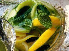 Μειώσετε την πρησμένη κοιλιά σε 60 δευτερόλεπτα με αυτή την απλή συνταγή!