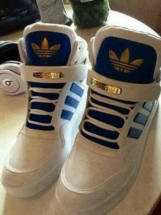 Blue, white & gold