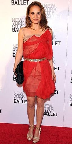 Who made Natalie Portman's red lace dress that she wore to the New York City Ballet's Spring Gala? Dress – Lanvin
