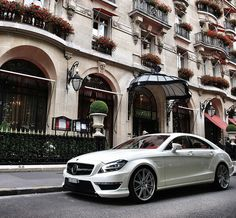 Mercedes Benz CLS63 AMG. Me in the future, strolling through the streets of my island <3