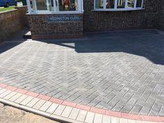 Driveways in West Bromwich, block paving driveways & sandstone patios