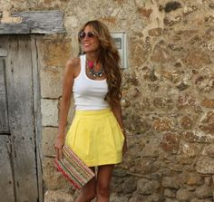 yellow dress, curly brown hair