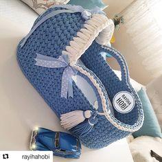 #Repost @rayihahobi (@get_repost) ・・・ Sevgili ayten hanımında prens puseti yola çıktığına göre yeni pusetlere bismillah diyebiliriz sağlıkla büyüsün kuzucuklar  . Taban @yarn.garden Bilgi ve sipariş için dm ❤ #babybasket #crochetbabybasket #bebekpuseti #bebeksepeti #bebekcantasi#babybed#puset#hamileyim#hamileanneler #orgusepet#penyesepet #bebekodasi#pusetyatağı #deryabaykallagulumse #sepetyapimi #video #handmadejewelry #crochet#crocheting #crocheter#knittingyarn#crochetvideo #orgupuse...