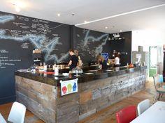Interiorismo y decoración de bares y restaurantes. Paredes de pizarra. http://reformasdediseno.com/interiorismo-y-decoracion-en-restaurantes-paredes-de-pizarra/