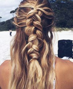#braids braided hair // beachy hair // beachy waves
