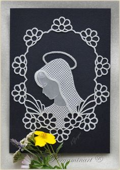 Parchment craft - Madonna www. Parchment Design, Parchment Cards, Butterfly Template, Art N Craft, Card Patterns, Paper Cards, Hobbies And Crafts, Machine Embroidery Designs, Cardmaking