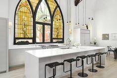 Linc Thelen Design - Scrafano Architects - Chicago- Transformation - Rénovation - Réhabilitation - les designers on voulu  transformer une ancienne église en un loft de 510 m², ce qui mari le contemporain et l'ancien afin de donner un cadre et un style particulier très soutenu