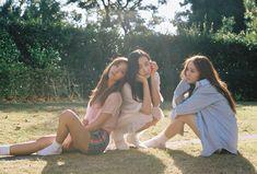 f(x) finally return as group with Victoria , Amber , Luna & Krystal on this October! On October f(x) first drop . Kiko Mizuhara, Sulli, Shinee, Fx Luna, Song Qian, Victoria Song, Krystal Jung, Korean Celebrities, Girls Generation