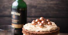 Ein Rezept für eine Whisky Torte aus Whiskey Schokoladen Kuchen und Karamell Creme
