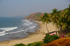Vagator is another renowned beach in the northern parts of Goa, noted for sunset viewing. Tourists throng to this place for it's beauty. The beach of Vagator is classified into two – the right side of the sea, as you face it, is called as the Big Vagator and its left side is known by the name of Little Vagator . Pretty much a laid back beach it is as compared to other beaches in the state