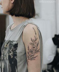 """Résultat de recherche d'images pour """"fleurs sauvages tattoo"""""""