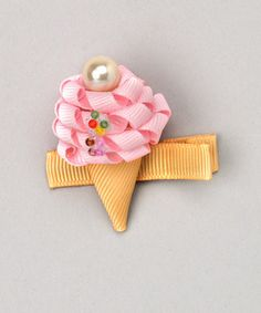 Ice cream cone barrettes as party favors, or for the birthday girl. Ribbon Art, Ribbon Crafts, Ribbon Bows, Bow Hair Clips, Hair Bows, Girl Scout Swap, Hair Ribbons, Barrettes, Make Bows