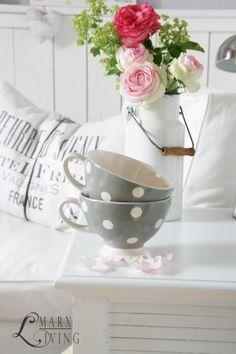 Love these cups! Polka dot!