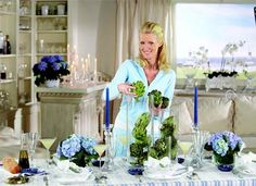 Mediterranean Party with Sandra Lee Sandra Lee Tablescapes, Italian Party, Party Ideas, Event Ideas, Shades Of Blue, Party Time, Centerpieces, Table Settings, Entertainment Ideas