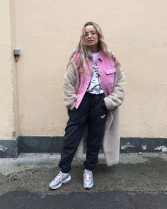 31+Perfect+Looks+To+Copy+This+January+#refinery29+http://www.refinery29.com/2018/01/186498/new-outfit-ideas-january-2018#slide-28