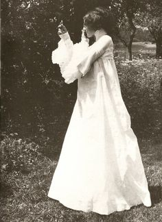 Emilie in Summer Dress, 1906, Photo by Klimt