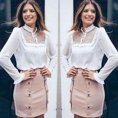 """54 Likes, 5 Comments - Luh Carvalho Brand (@luhcarvalhobrand) on Instagram: """"Recebemos reposição dessa saia mara! Disponível em outras cores também ❤❤❤ #navittoritem…"""""""