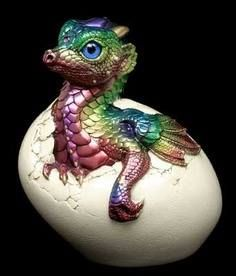 Red Dragon - Dragón Rojo Hatchling Empress Dragon Rainbow from Windstone… Clay Dragon, Dragon Egg, Magical Creatures, Fantasy Creatures, Fantasy World, Fantasy Art, Dragon Pictures, Dragon Pics, Cute Dragons