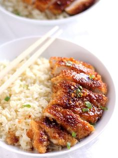 This Crispy Pan Fried Honey Garlic Chicken pairs perfectly with steamed rice and veggies. Try it tonight for dinner!
