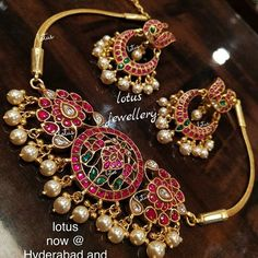 Check out the exotic South Indian gold temple jewellery designs from this brand and get ready to shop. Gold Temple Jewellery, Silver Jewellery Indian, Silver Jewelry, Saree Jewellery, Gold Earrings Designs, Necklace Designs, Jhumka Designs, Beaded Jewelry Designs, Jewelry Patterns