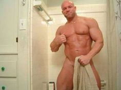 Luke Garret - nude and wet just out of the shower - COLT star