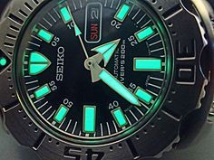 Seiko Monster, Breitling, Men Fashion, Monsters, Watches, Retro, Accessories, Black, Boots