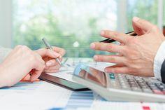 Bei der Nachfolgeplanung ist ein Schritt die Ermittlung des Kaufpreises. Der Kaufpreis eines Unternehmens lässt sich durch diese Verfahren ermitteln. Mehr unter: http://goo.gl/1Npfp6