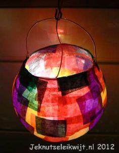 Lampion knutselen van zijdepapier.