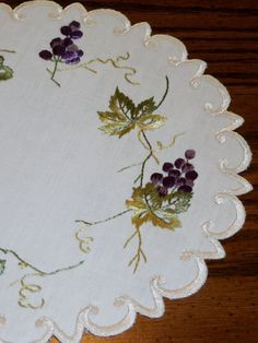"Beautiful Antique Society Silk Embroidered 8"" Linen Doily Grapes and Leaves"