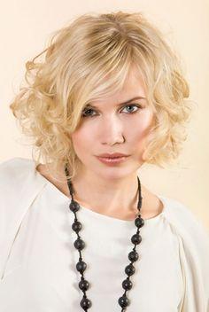 Cheveux-mi-long-blonds-3.jpg (535×799)