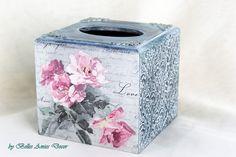 Tissue box cover, Tissue box holder, shabby chic decor, housewarming gift, vintage roses decor, women gift, gift for woman, cottage decor by BellesAmiesDecor on Etsy