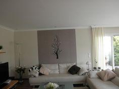 Kreative Wandgestaltung mit Farbe und glitzerndem Baum durch den Malerbetrieb Acken, van in Hilden (40721)   Maler.org