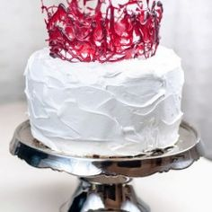 Crown of love cake