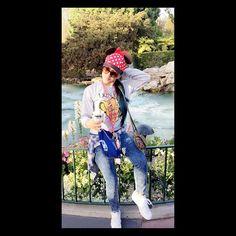 Babe be snapping the best candids  Yesterday Disneyland  #Candid #DisneyLand #AnnualPassHolder #iLoveDisneyland #DisneylandIsLife #Simba #LionKing #SnapChat #BeatOurTrueLove by beatourtruelove