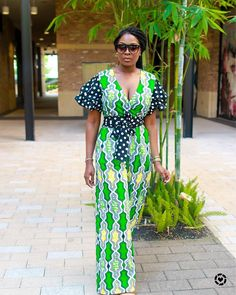 8 Ankara Styles Simple and Sweet.Ankara styles and how they make us swoon! Ankara fabric is simply wonderful, in fact, i have run out of adjectives African Fashion Designers, African Inspired Fashion, African Dresses For Women, African Print Dresses, African Print Fashion, Africa Fashion, African Attire, African Wear, African Fashion Dresses