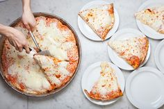 行列嫌いなイタリア人も並ぶ!絶品ピザ「スポンティーニ」日本上陸 | RETRIP