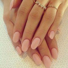 Pale pink round nails nails and hands swag nails, matte pink nails, blush n Matte Pink Nails, Nude Nails, Blush Nails, Pink Manicure, Hair And Nails, My Nails, Shellac Nails, Uñas Diy, Finger