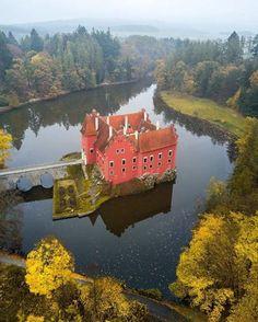 Červená Lhota Castle in the Czech Republic (by İlhan Eroğlu) -...