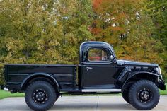 Learn more about 1944 Dodge Power Wagon on Bring a Trailer, the home of the best vintage and classic cars online. Pickup Trucks, Jeep Truck, Old Pickup, Lifted Trucks, Truck Camper, Old Dodge Trucks, Lifted Chevy, Toyota Trucks, Chevy Pickups