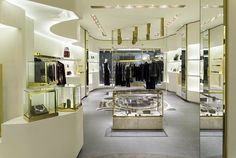 The new #Versace boutique in Sao Paolo is defined by a mood of supreme luxury and contemporary energy.