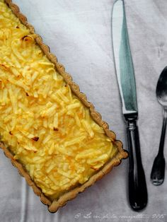 C'est à l'occasion d'une réunion de l'AMAP que j'ai découvert la recette de la tarte aux pommes râpées et au citron. C'est délicieux : doux et fondant et en même temps cela titille vos papilles ! ...