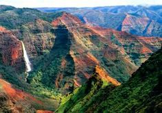 Waimea Canyon is located on the western side of Kauai, and is the largest canyon in the Pacific also truly a dramatic sight to behold.